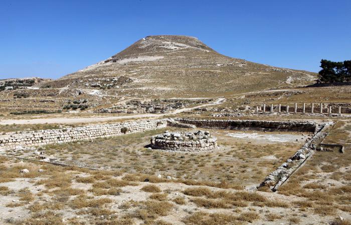 L'Hérodion, colline artificielle sur laquelle Hérode Ier le Grand bâtit son palais favori © Abir Sultan/Flash 90