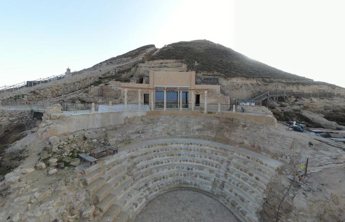 Théâtre privé de l'Hérodion et sa loge royale © Yuval Daks