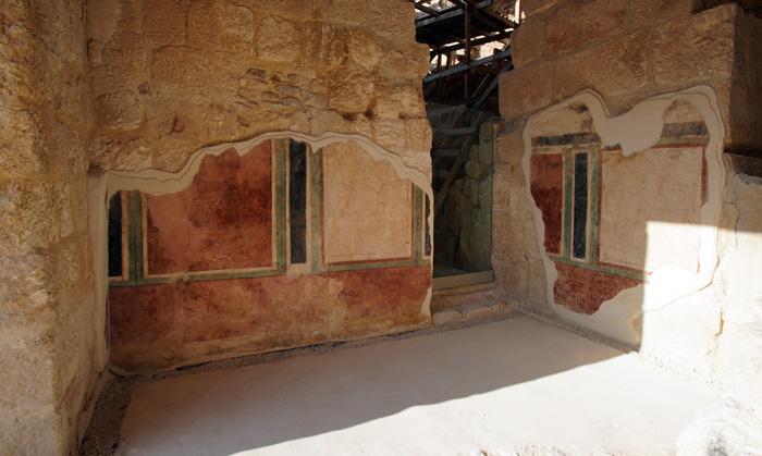 Peintures murales du hall principal de l'Hérodion © Yuval Daks