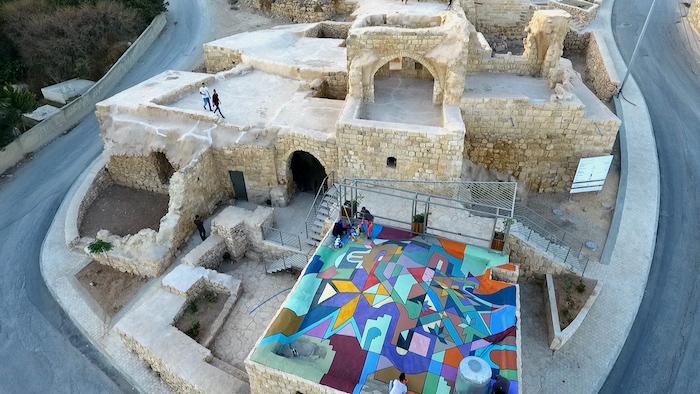 Kafr 'Aqab. Un bâtiment historique restauré aux portes de Jérusalem.