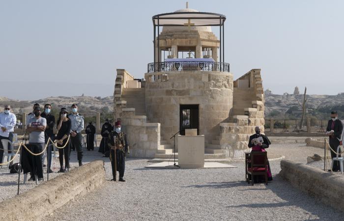 Au-dessus d'un modeste couvent, la chapelle accessible par son escalier à double volée.©Nadim Asfour/CTS