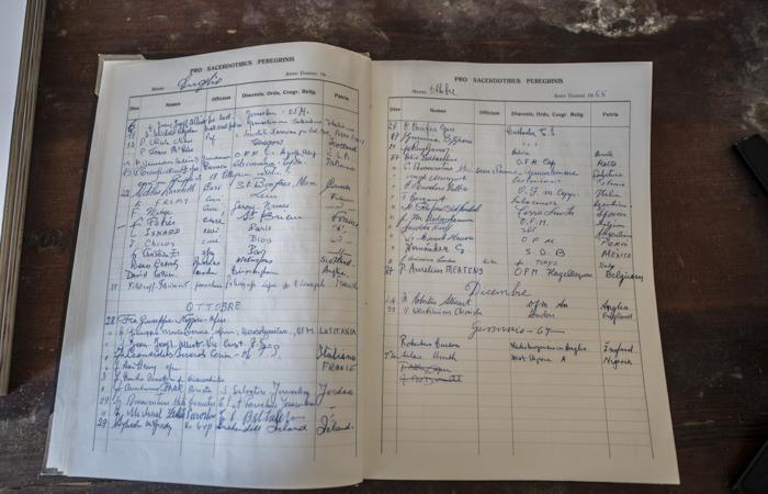 Le registre des messes tenu par les franciscains jusqu'au 7 janvier 1967. ©Nadim Asfour/CTS