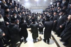 Pourquoi les juifs orthodoxes ne cessent de défier les règles sanitaires