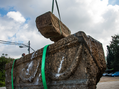 Deux sarcophages de l'époque romaine redécouverts en Israël