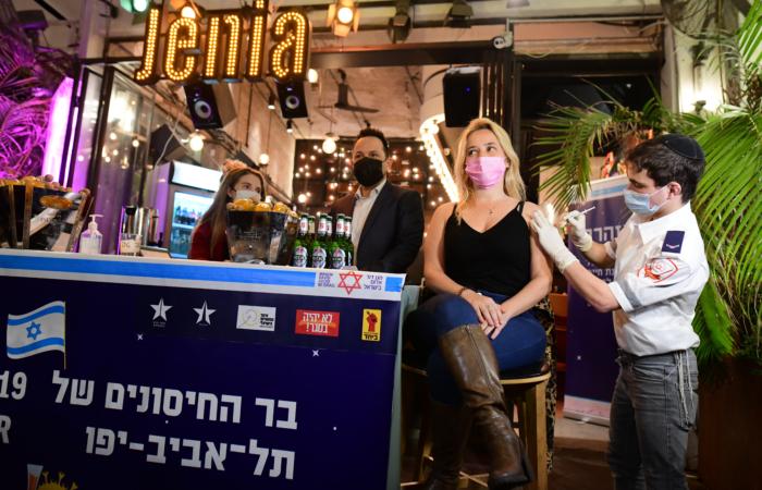 Des bières gratuites pour inciter les jeunes israéliens à se faire vacciner