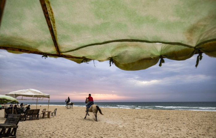 Sur la plage de Gaza, un jour de pluie Jan 21, 2016. © Fatima Shbair