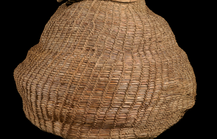 Panier vieux de 10500 ans retrouvé dans la grotte de Muraba'at © Dafna Gazit, Israel Antiquities Authority