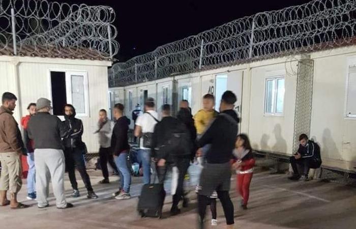Evacuation du camp de réfugiés informel de Rhodes