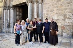 Les premiers groupes de pèlerins de retour en Terre sainte