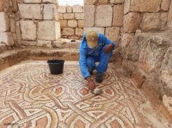 Jordanie : recruter local pour le salut d'églises byzantines
